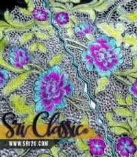Baju Kurung Moden Bersulam Corak Bunga Jasmine